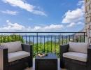 villa-zeta-balcony-01