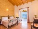 villa-zeta-bedroom-04