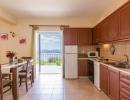 villa-zeta-kitchen-01